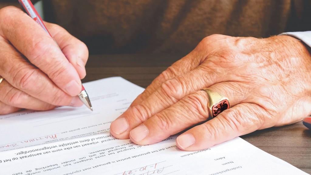 firma di un testamento solidale