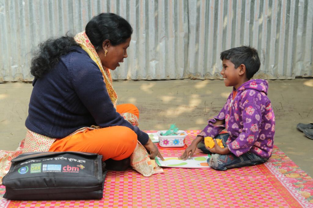 insegnante con bambino